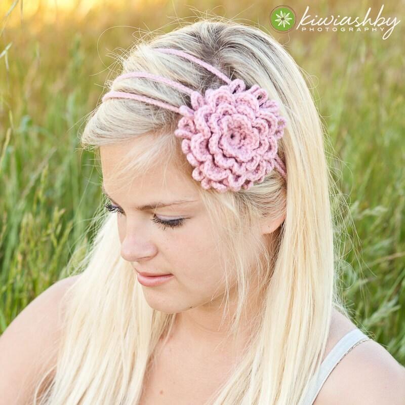 Crochet Headband Pattern With Flower : Crochet Pattern 3 Flower Chain Headband by RivkasRenditions