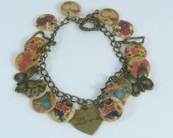 NOW REDUCED!! Free Spirit Buttons & Butterflies Charm Bracelet