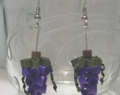 A pair of quilled grape earrings