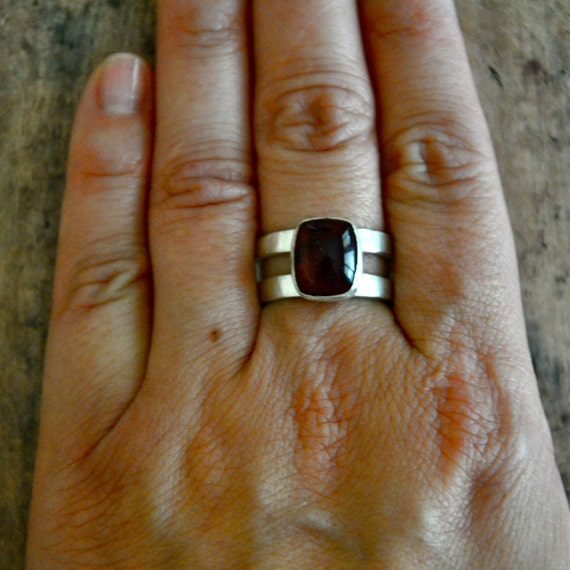 Fine Silver and Garnet Ring