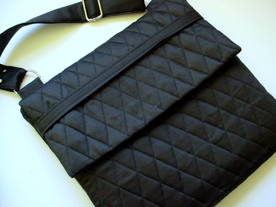 Vera Bradley style Quilted iPad Carrying Case in Black
