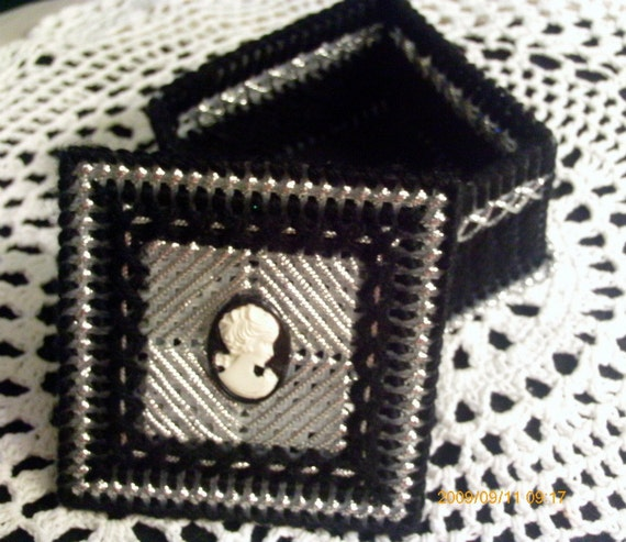 Black and Silver Cameo Trinket Box