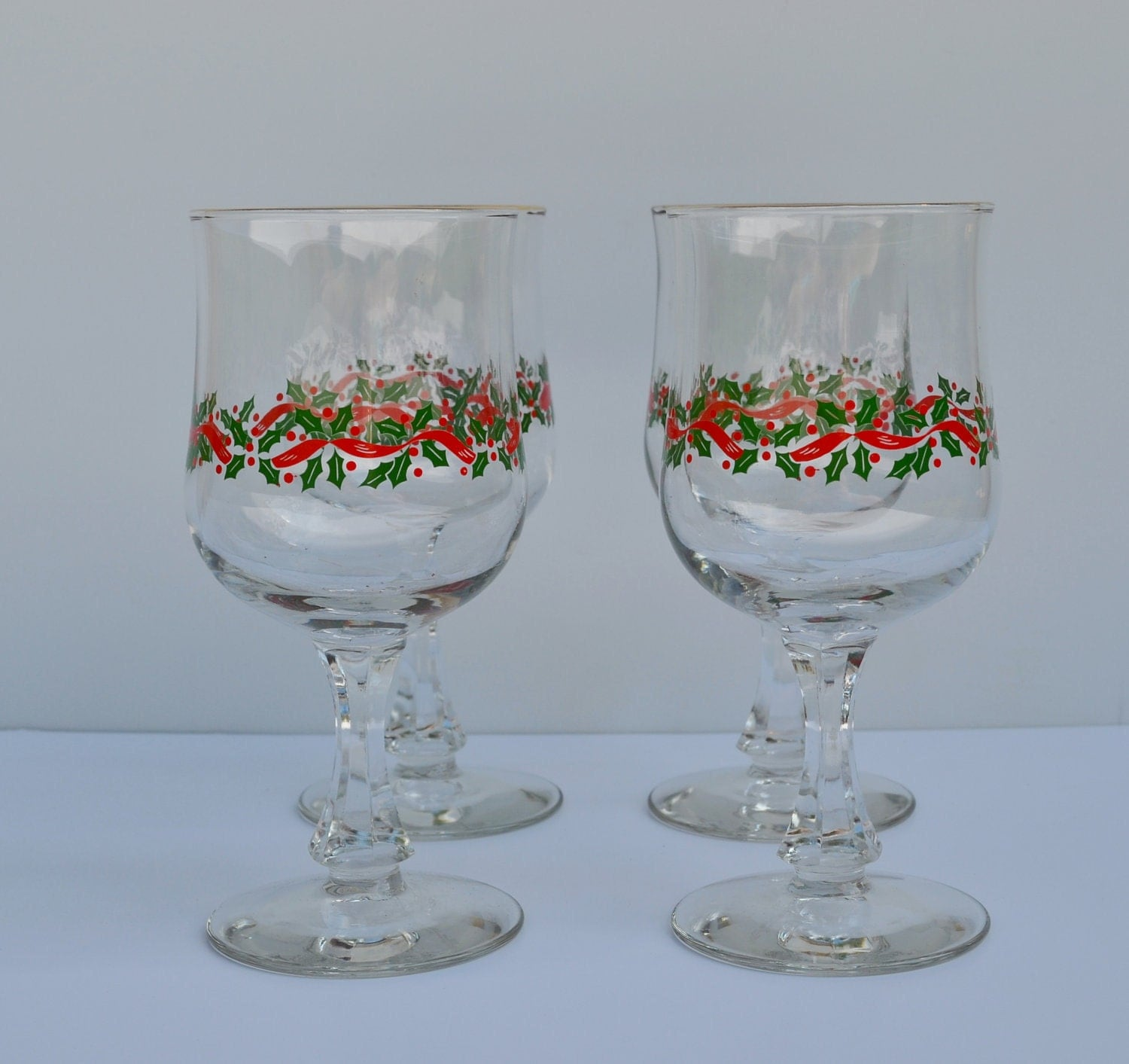 Vintage christmas wine glasses with holly berries vintage for Holiday stemware