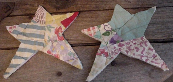 Feedsack Star Appliques Large Primitive Vintage Embellishments Upcycled Cutter Quilt itsyourcountry
