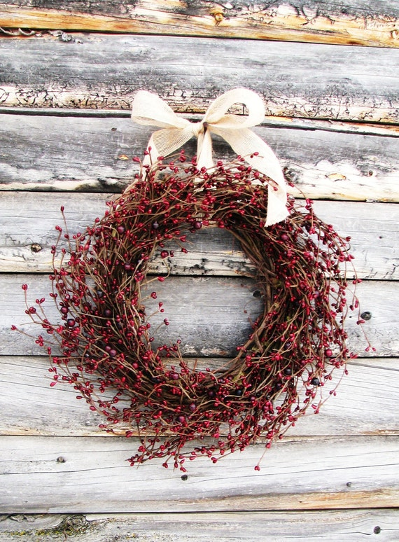 Primitive Country Wreath-Christmas Wreath-Rustic Farmhouse Decor-CRANBERRY RED Wresth-Scented Wreaths-Door Decor- Holiday Decor-Gift