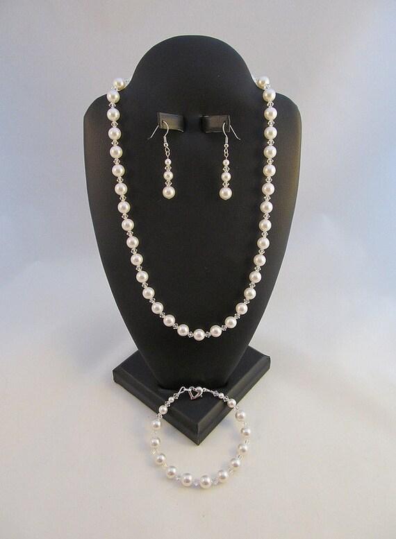 Wedding Jewelry Set White Swarovski Crystals and Pearls Bridal Jewelry Set