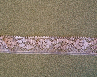 """8 Yards Lace Trim Baby Pink Color 3/4"""" Wide."""