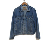 Vintage Men's LEVIS Light Stone Washed Denim Jacket - Size 46