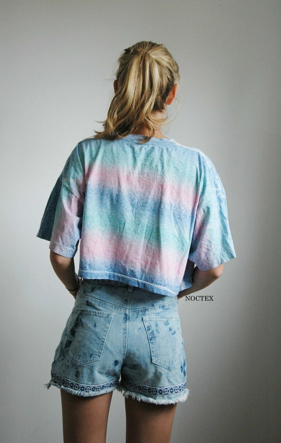 Vintage 80s Pink and Teal Pastel Stripes Crop Top Tee