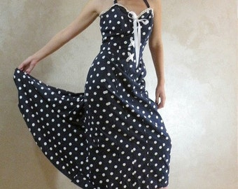 Polka Dot Pin Up Dress 80s Vintage 37 bust 29 waist
