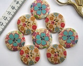 Buttons - 8 x wooden printed buttons