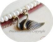 10pcs Wholesale Antique Bronze Charms Basis For Bracelet Design Swans Vintage style 30x20mm  B100