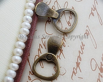 10 pcs Antique Brass Craft Pendants Charms jewelry setting Can buckle Vintage style 14x14mm B97