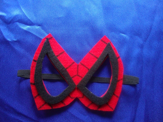 Spiderman Mask in Red and Black Felt