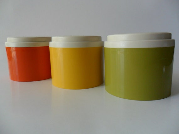 Set of Three Vintage Tupperware Stackable Spice Shakers