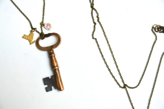Choose Your State Skeleton Key Necklace