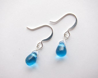 Capri Blue Czech Glass Dangle Drop Teardrop Earrings TCJG