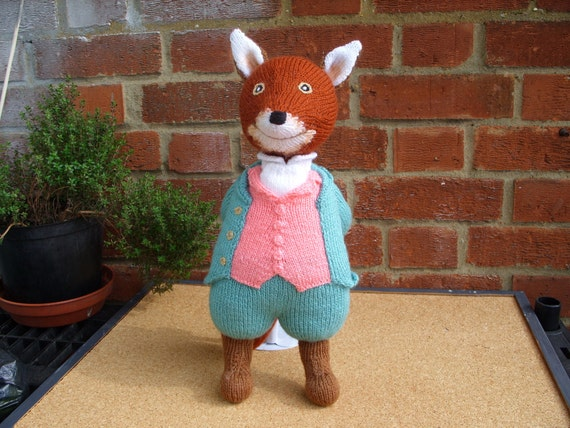 Free Pattern For Knitted Leg Warmers : Hand Knitted Toy Beatrix Potter Mr Fox from Alan Dart pattern