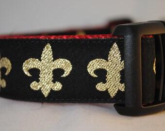 "Black and Gold Fleur de Lis Print 1"" Adjustable Dog Collar"