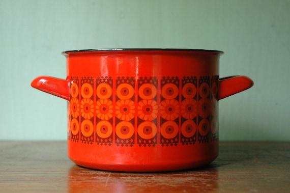 Finel Enamel Pot Kaj Franck - Danish Modern Daisy Pot Arabia of Finland