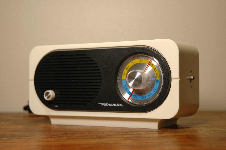 mid century modern radio space age mod white plastic radio