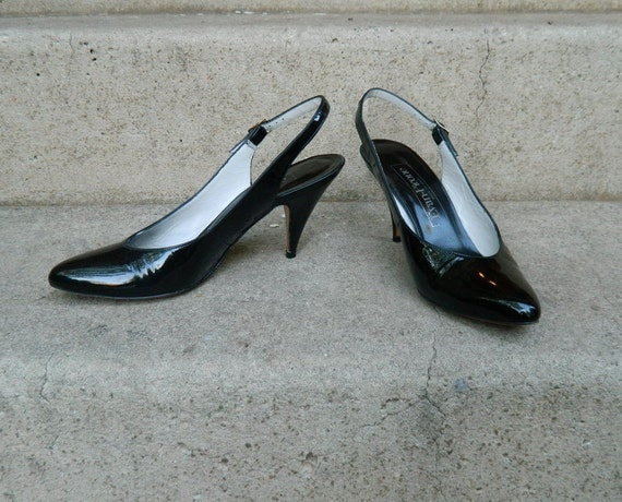 REDUCED Vintage 80s Near Mint Evan Picone Slingback Pumps Pristine Patent Leather 7.5