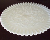 Fenton  Cake Stand Spanish Lace Ultra White, Ruffled Crimped Edge Great For Weddings & Special Occasions (MINT)