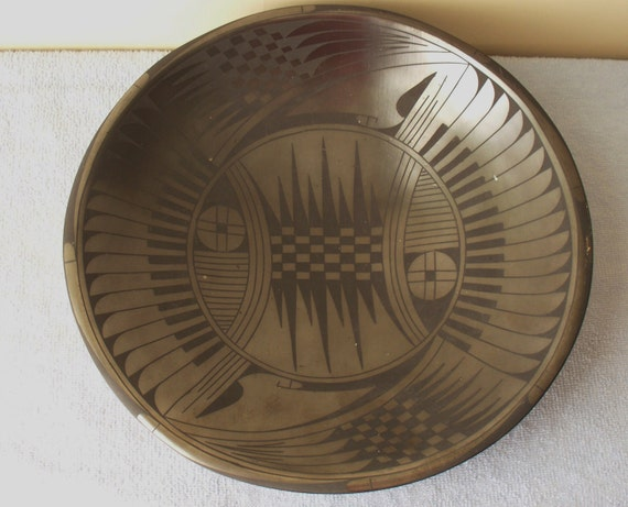Reserved Jim---Native American Pottery Casas Grandes Blackware Bowl Geometric Design Artist Signed (MINT)