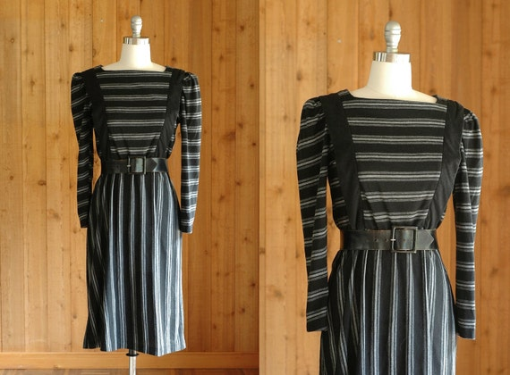 25% OFF SALE / vintage 1970s dress / 70s black and grey striped dress / small medium
