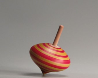 Turnip shaped toy spinning top