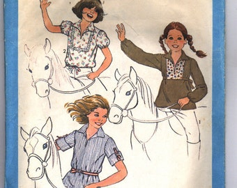 Vintage 1977 Simplicity Girls' Pullover Tops in Three Styles Pattern 8501 Size 7