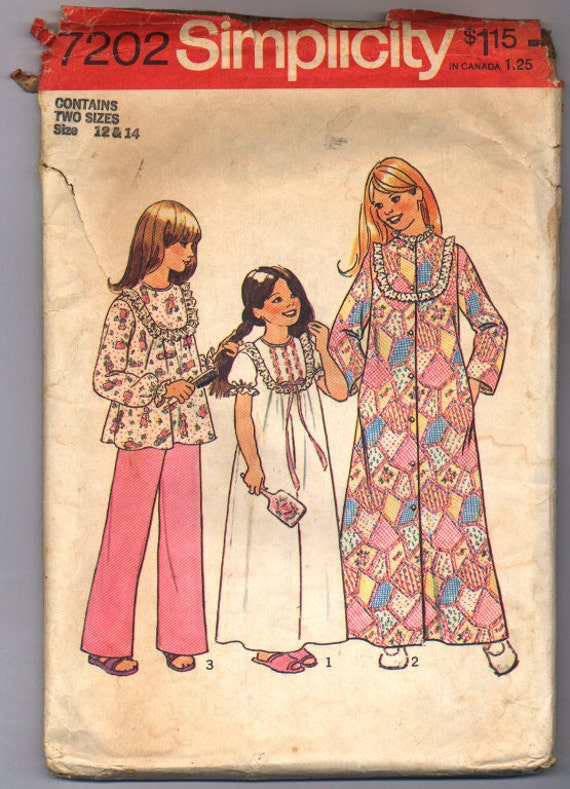 Vintage 1975 Simplicity Girls' Robe, Nightgown and Pajamas Pattern 7202 in Two Sizes 12 and 14