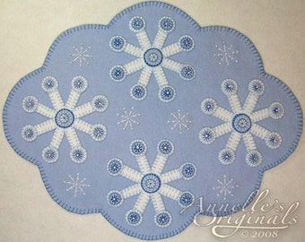 Christmas Winter Snowflakes Penny Rug Candle Mat Wool Applique PATTERN & Wool Felt KIT Holiday Needlecraft Primitive Blue