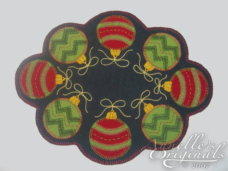 Christmas Ornaments Winter Penny Rug Candle Mat Wool Applique