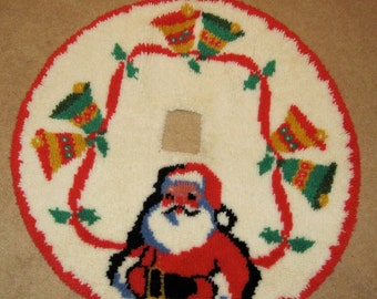 Circlular Hook rug Christmas Tree vintage skirt with square hole opening featuring santa and bell with ribbons FREE SHIP