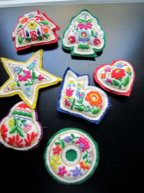 Handmade vintage stuffed felt embroidered christmas ornaments