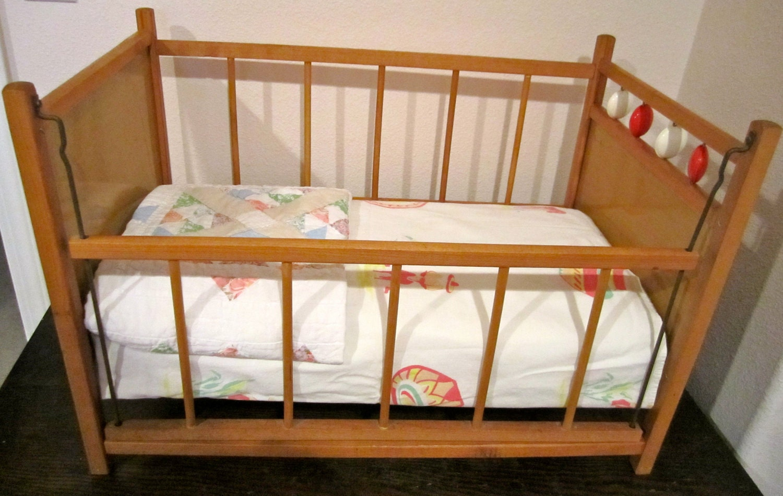 doll crib unique drop side wooden vintage retro antique. Black Bedroom Furniture Sets. Home Design Ideas