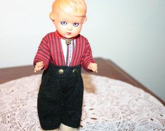 Vintage Charming National Costume Doll Figurine - Holland