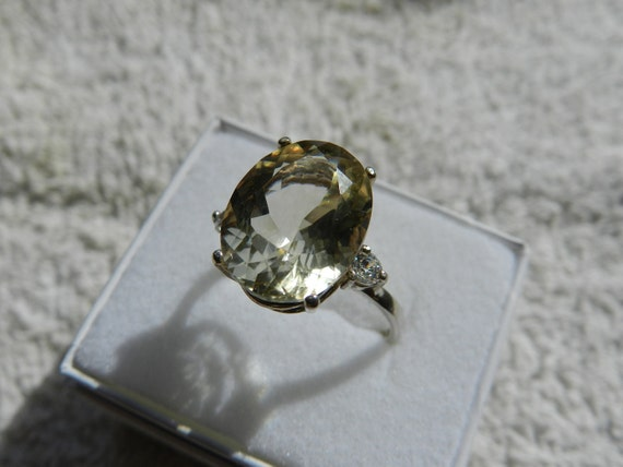 7 carat Oregon Sunstone Ring size 7.5 or 8