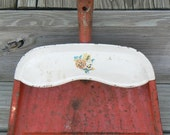 Vintage Red Farmhouse Country Cottage Shabby Dustpan