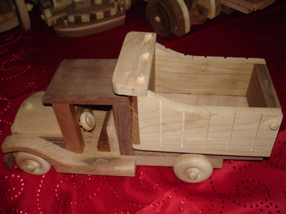 Woodworking HandCrafted Dump Truck Toy For Children,Toy Collectors