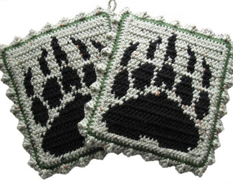 Bear Claw Potholder set.  Sage green, grizzly bear paw print pot holders