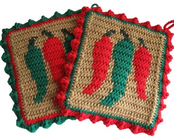 Chili Pepper Pot Holders. Crochet potholders with Red and Green Chiles. Southwest decor