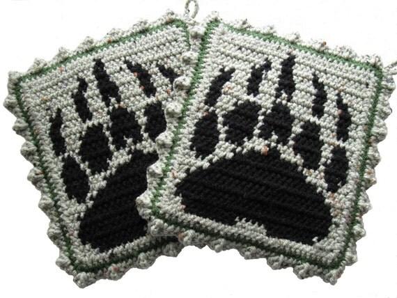 Bear Claw Potholder set.  Sage green, grizzly bear paw print pot holders