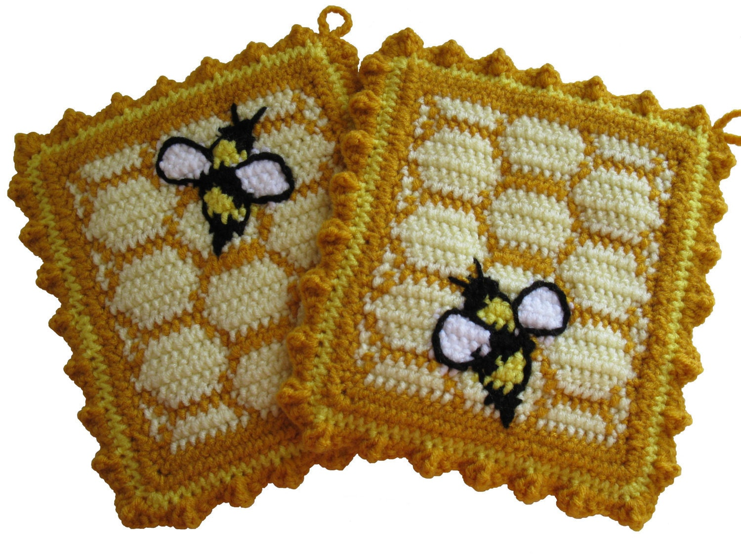 Beehive Knitting Wool Holder : Honeycomb pot holders with honey bees crochet bumblebee