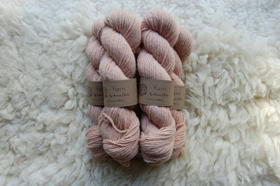 Organic Naturally Dyed Worsted Weight Yarn : Horsetail