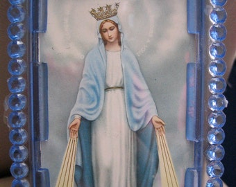 Vintage VIRGIN MARY Easel Shrine-  Italian Plastic-  good vintage condition frame- Last one
