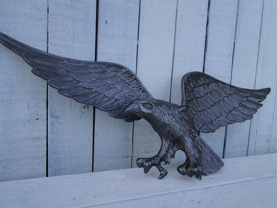 Large Vintage Metal Patriotic Eagle Wall Plaque In Silver