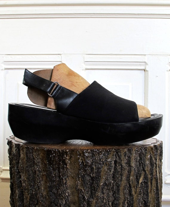 Vtg 90s Avant Garde Platform Wedge Sandals / Black Shoes / Women's Size 9 US - 40 Eur - 6.5 UK