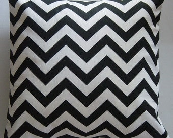Black Pillows, Chevron Pillow Cover in Black and White Chevron Zig Zag 18 inch Removeable Contemporary